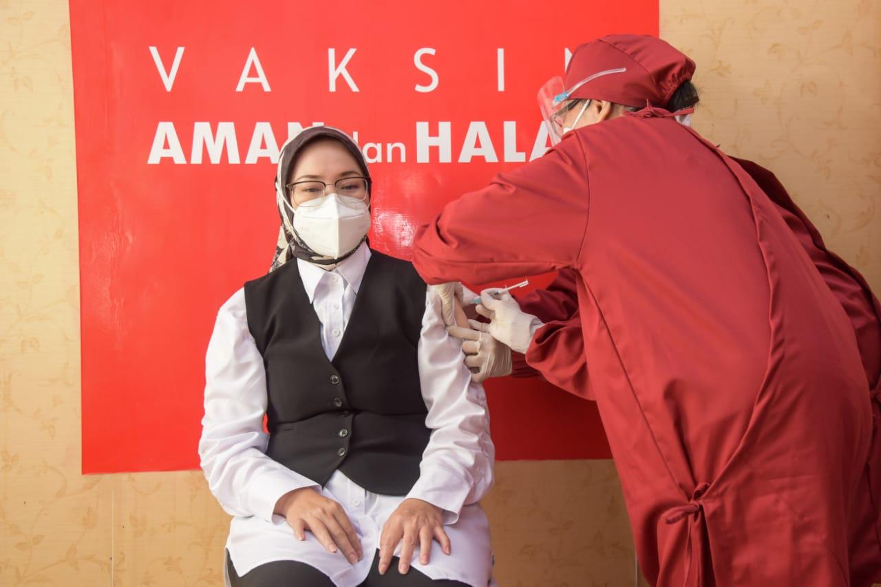 Forkopimda Purwakarta Jalani Vaksinasi Covid-19 Tahap Pertama